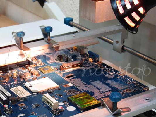 Grafikchip-Reparatur mit Hilfe eines BGA-Reworksystems