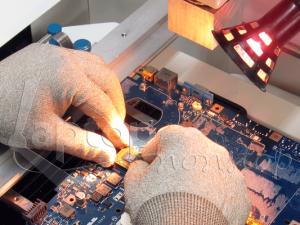Asus Notebook Grafikchip-Reparatur mit Hilfe eines BGA-Reworksystems
